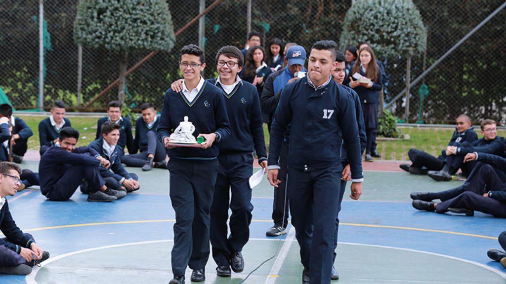 La responsabilidad social en la institución educativa Colegio Canapro
