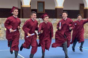 Emprender, la alternativa de los jóvenes Cervantinos