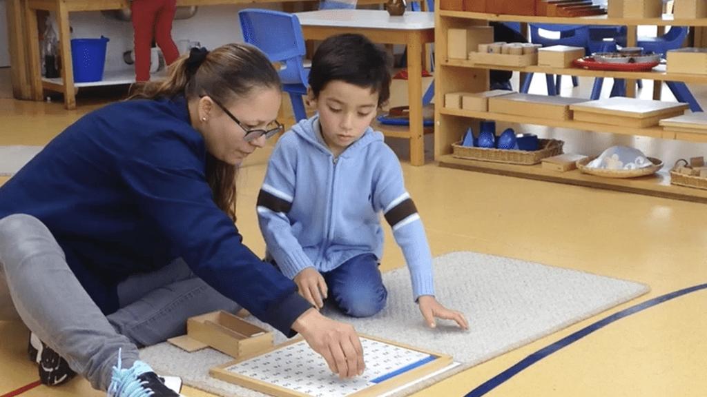 Un Colegio Montessori
