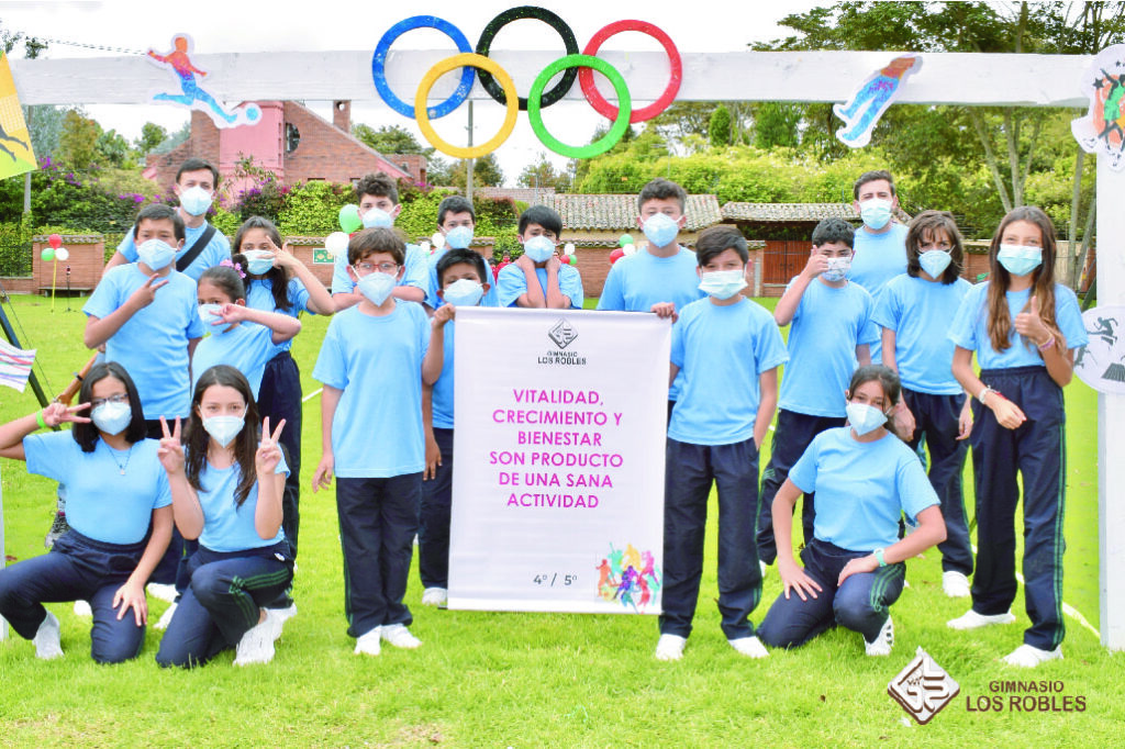 ¡Inauguramos nuestras olimpiadas deportivas intercursos Gimnasio los Robles!